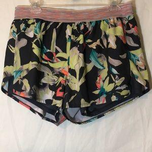 Avía shorts